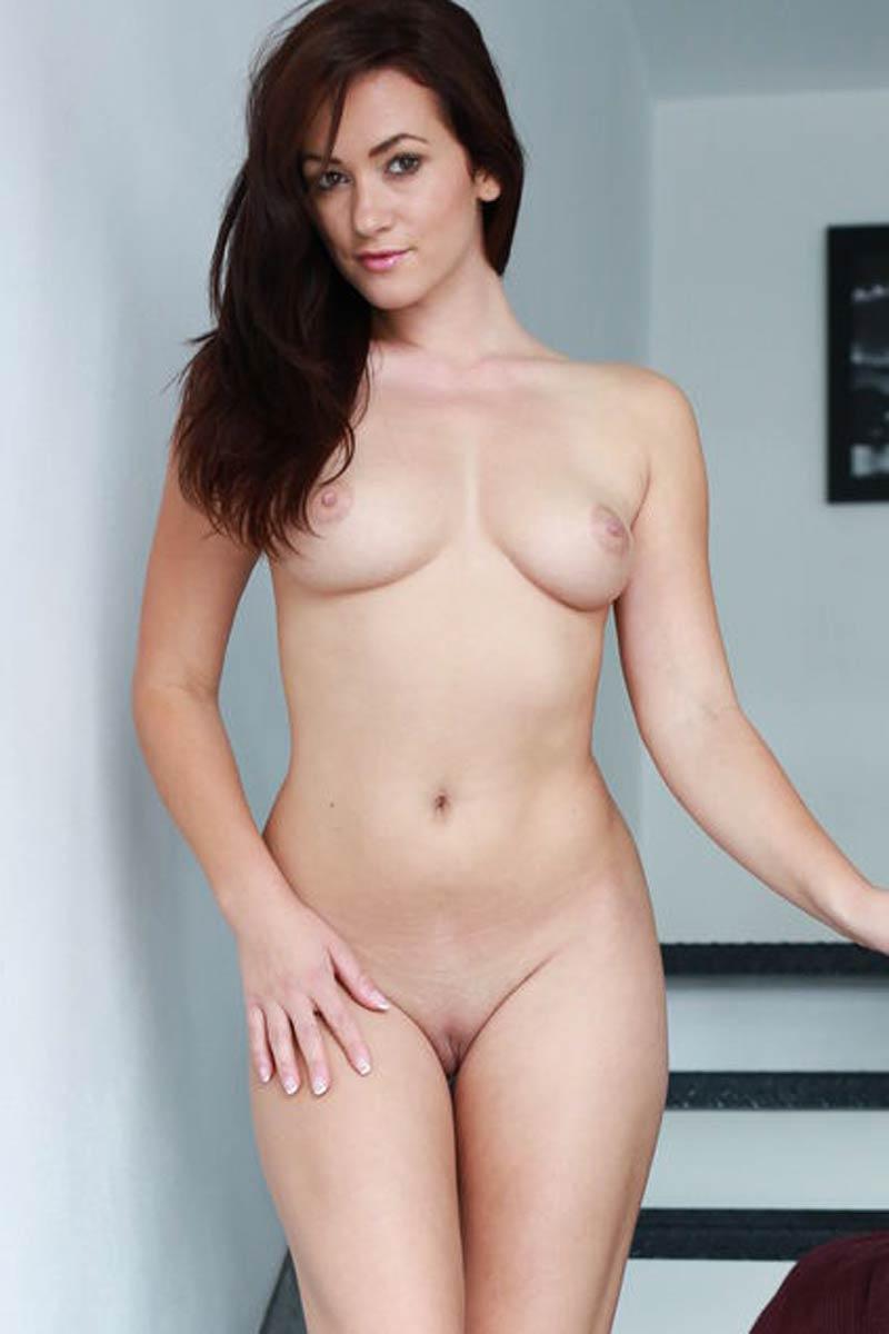 Can help tess lyndon nude think